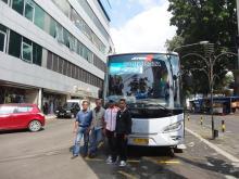 t-perahu-by-bus